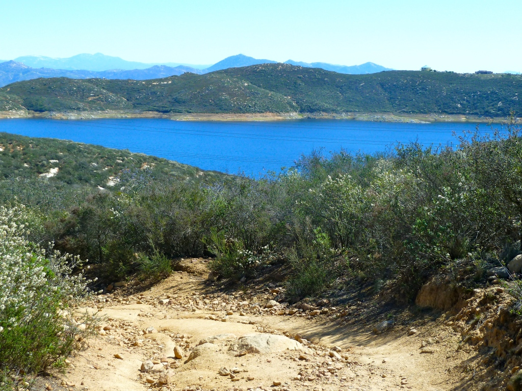 Hiking in San Diego - Elfin Forest Escondido Olivenhain Reservoir